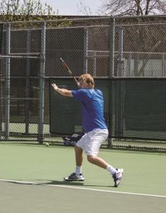 Flores2-Tennis